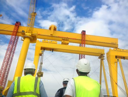 Selecting a Construction Crane Company